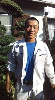 名前:井上 雄介 2級造園施工管理 会社の中で一番の力持ち! 2012年パワーリフティング世界選手権2位(銀メダル)