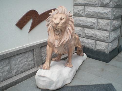 ライオンの石造